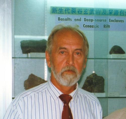 Леонид Михайлович Парфенов